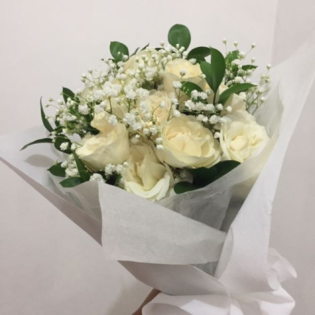 Bouquet Bunga Mawar - White Rose