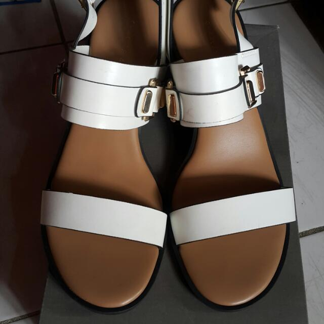 CharlesKeith Sandals
