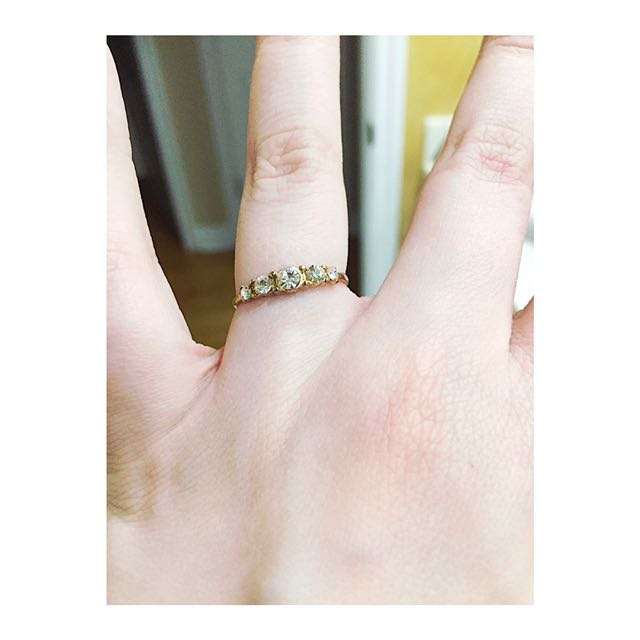 Five Stone Gold Ring (costume)