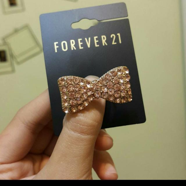 Forever21鑲鑽蝴蝶結戒指