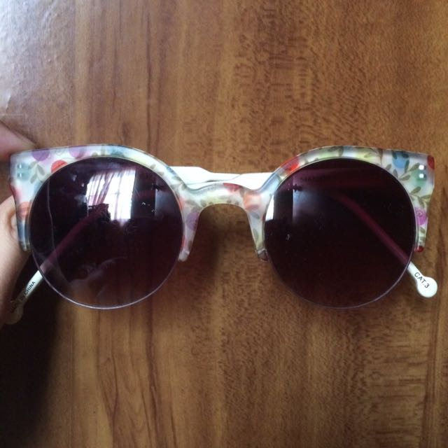 Forever 21 Floral Sunnies