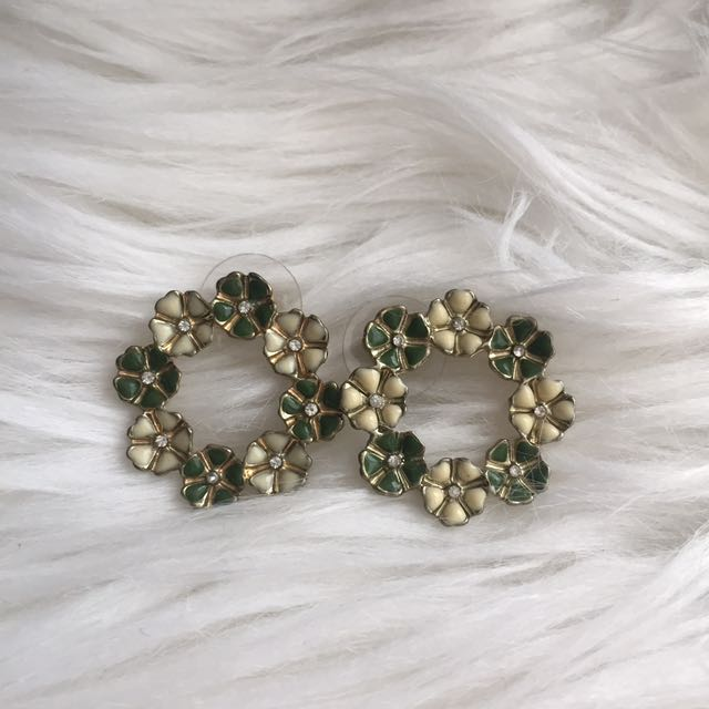 Green Flower Earring