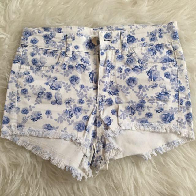 H&M Floral Short // Celana Pendek