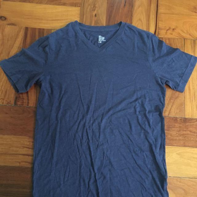 H&M V-Neck T-Shirt