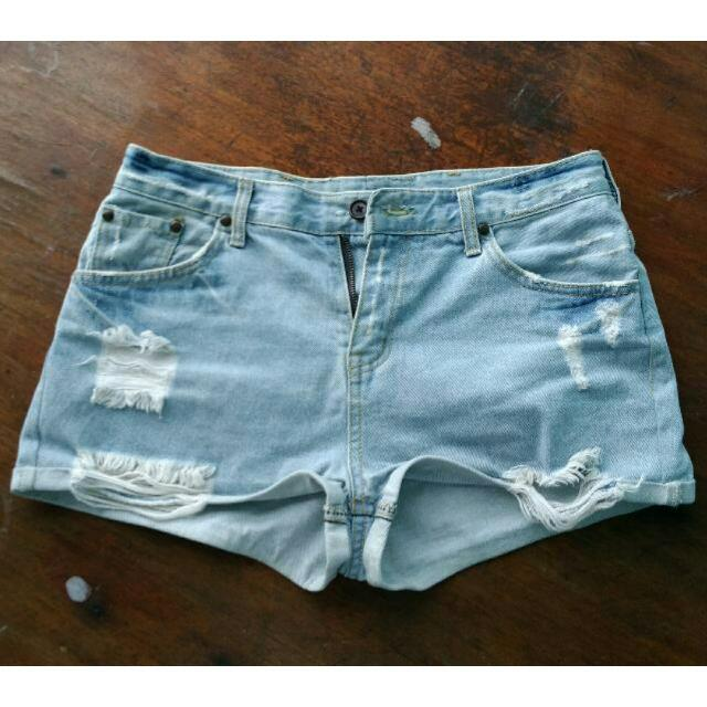 👒Light Blue Midwaist Denim Shorts