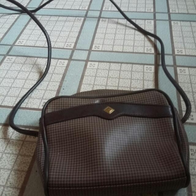(Repriced) Liz Claiborne Sling Bag