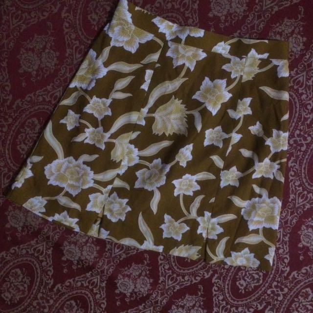Mini Skirt Motif Bunga