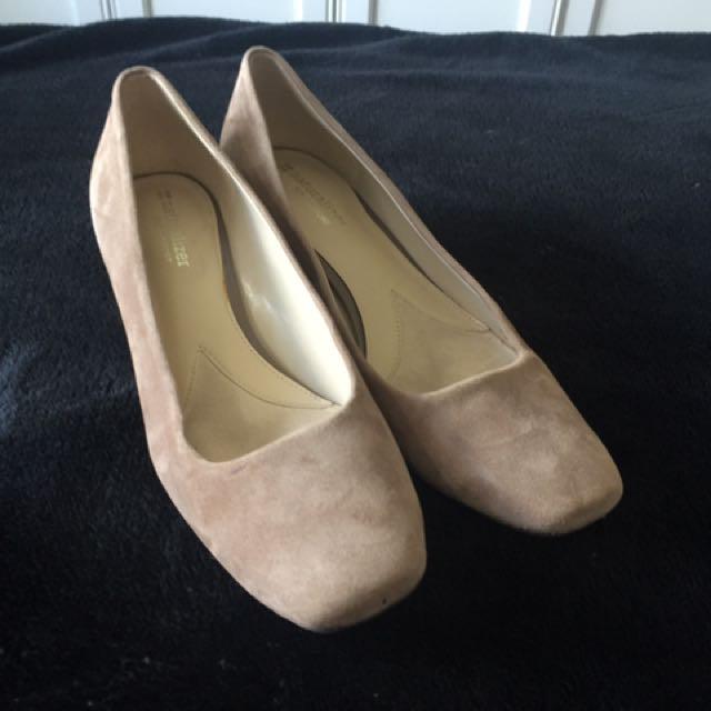 Naturalizer Suede Nude Block Heels 8.5
