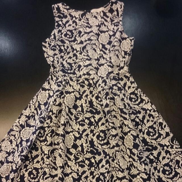 Paisley Printed Knee Length Dress
