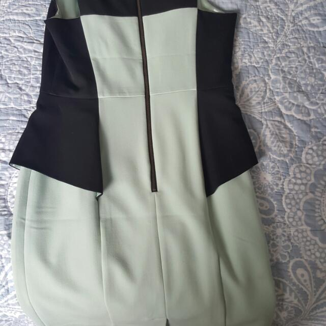 Portman's Size 10 dress