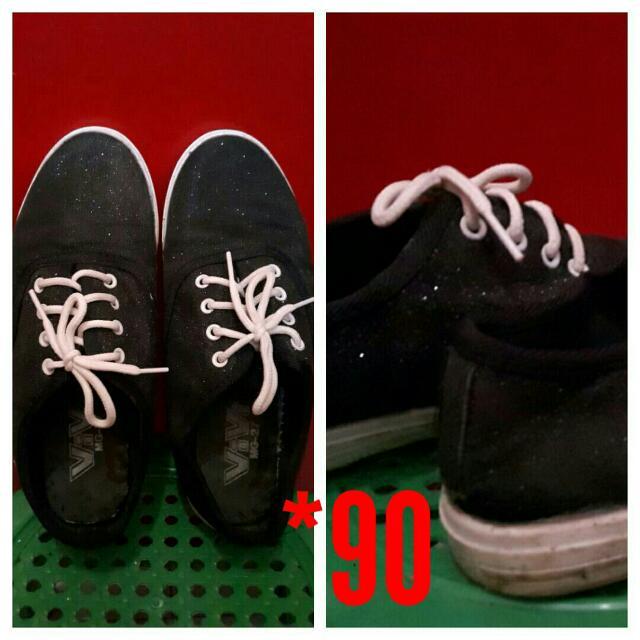 11b6b27eb Preloved Black Shoes