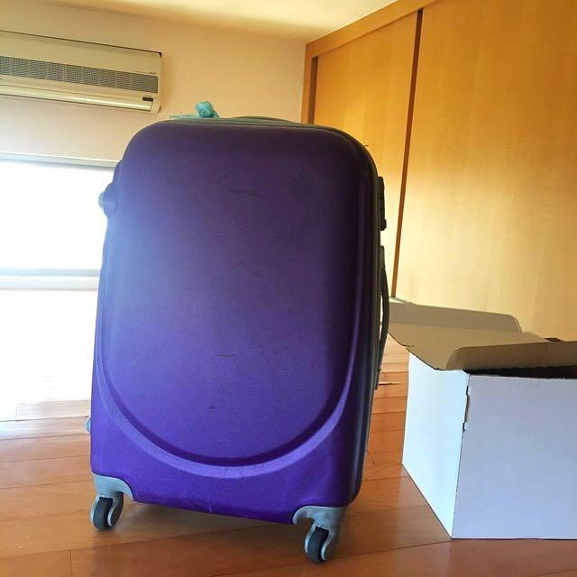 Purple Suitcase / 行李箱