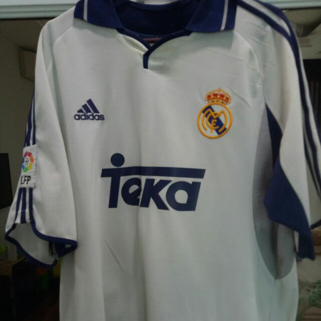 size 40 8c12b e614b Real Madrid 2002 Authentic Jersey Luis Figo