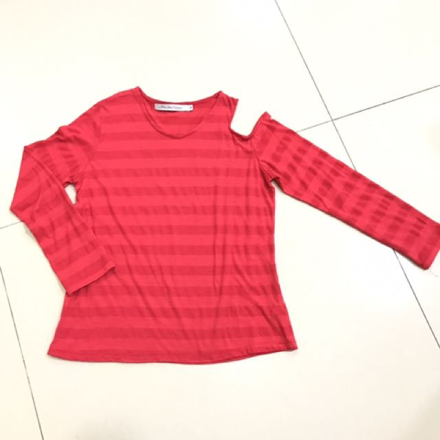 Red Blouse M
