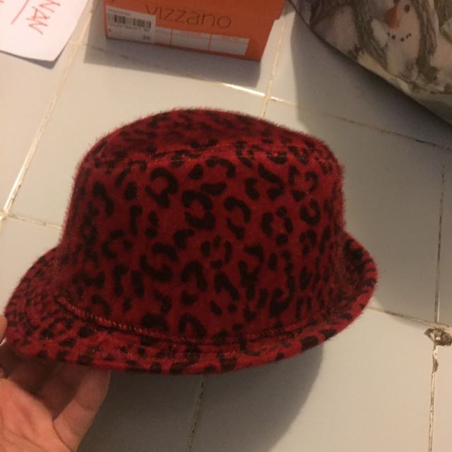 Red Hat Velvet