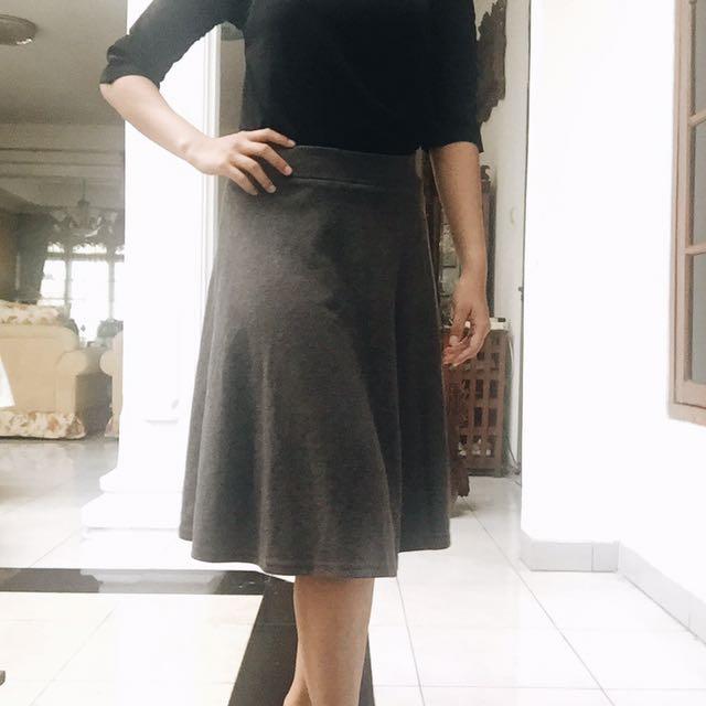 Rok Abu Abu | Grey Skirt