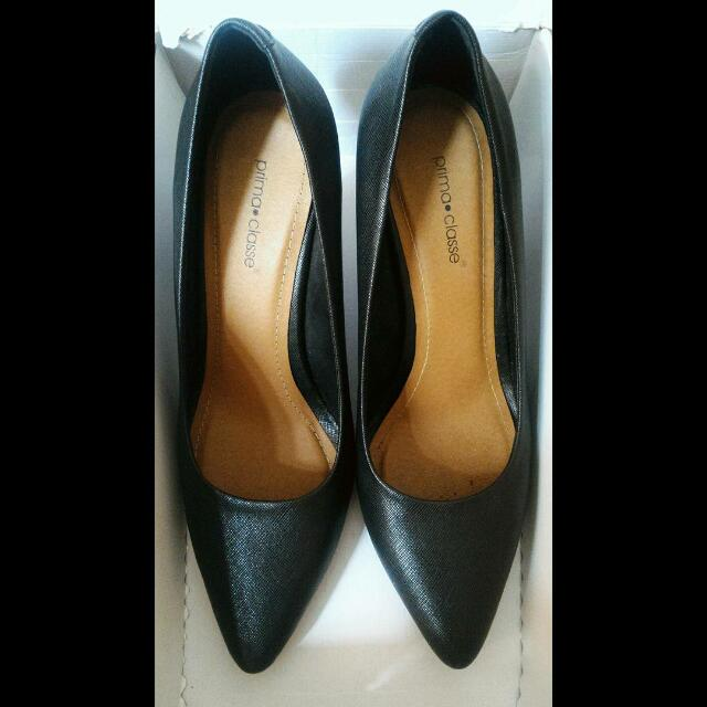 Sepatu Black High Heels Pump