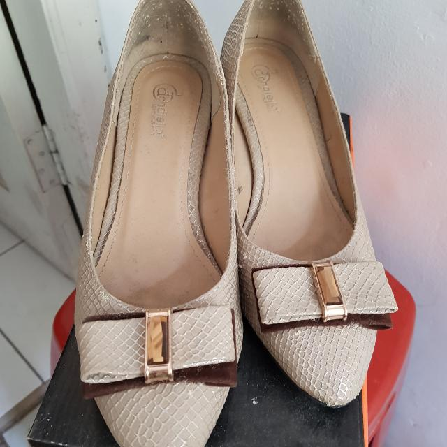 Sepatu Donatello Size 38