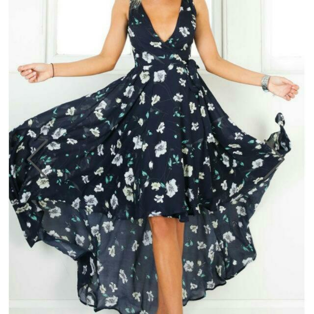 Showpo BNWT Navy Floral Dress