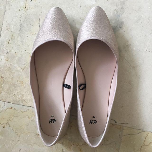 Size 10 H&M Gold Flats / Shoes