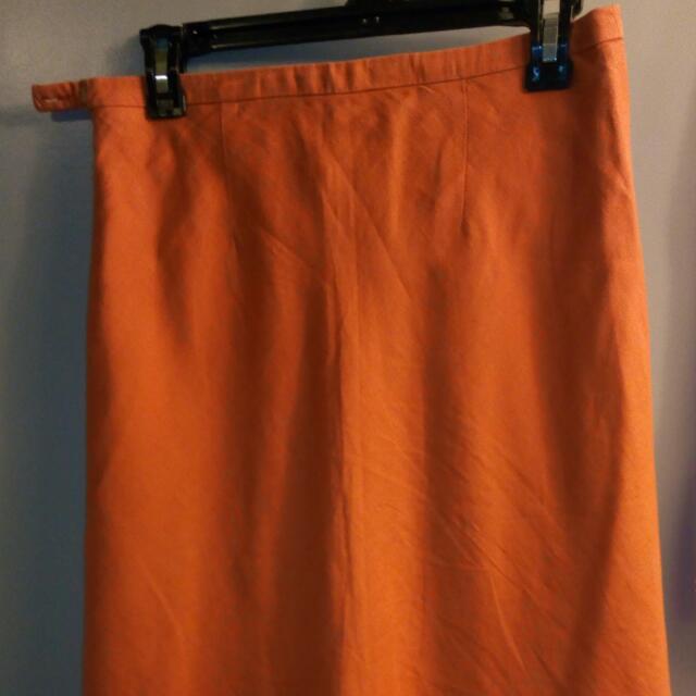 Size S Knee Skirt
