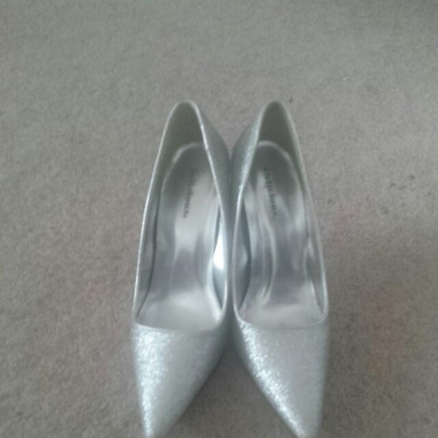 Sparkly Silver Shoes Size 7