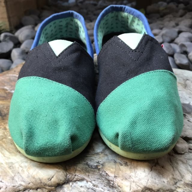 Wakai Green-Black-Blue Shoes