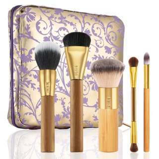 TARTE BRUSHED WITH DESTINY SET