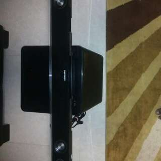 Samsung Sound Bar With Wireless Subwoofer Model HW-C450.