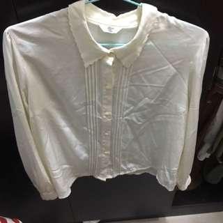 白色長袖恤衫