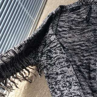 Missguided Heavy Knit With Fringes Size 6