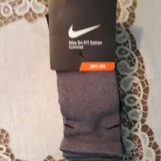 🚚 全新真品NIKE 運動襪(3雙)