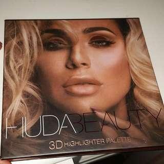 Huda Beauty Highlighter Palette BRAND NEW