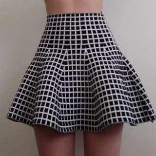 Fit And Flare Checkered Skirt (Black And White)