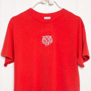 正品現貨/ Brandy Melville紅色老虎刺繡衣