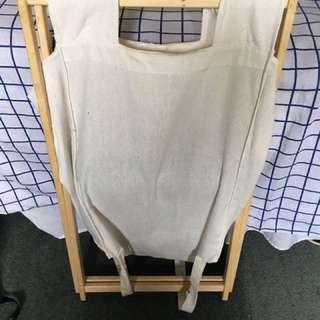White Laundry/ Clothes Hamper/ Basket