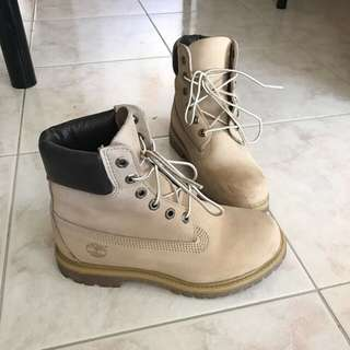 Timberland Boots Authentic