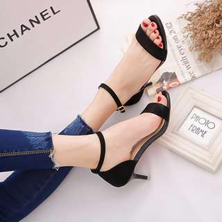 涼鞋女細跟韓版一字帶淺口露趾一字扣黑色百搭性感顯瘦中跟女鞋 cw3