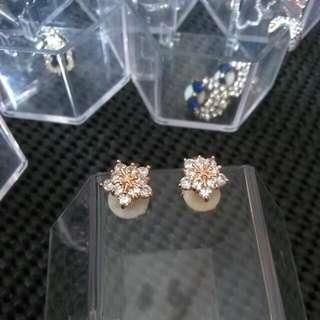 [全新] 韓款玫瑰金星星水鑽耳環 Ear Ring