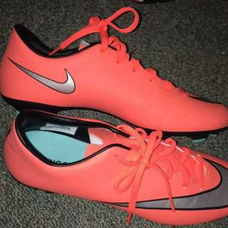 Nike Mercurial Football / Soccer Boots
