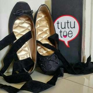 Tutu Toe Shoes Black