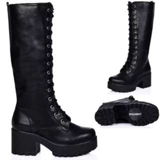Knee High Lace Up Boots Black