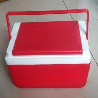 Portable Cooler Box