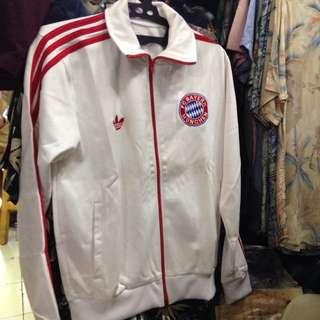 Jaket Adidas Original Bayern Muenchen