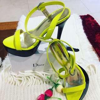 So In Shoe
