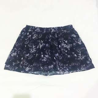 NEW H&M Jaguar Prints Shorts