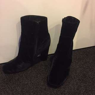 Black Velvet Misguided Boots