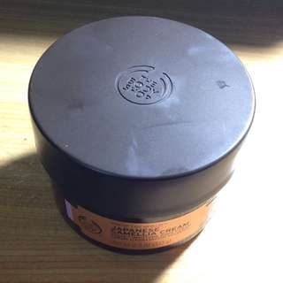 The Body Shop 日本SPA 山茶花鎖水美膚霜  350ml
