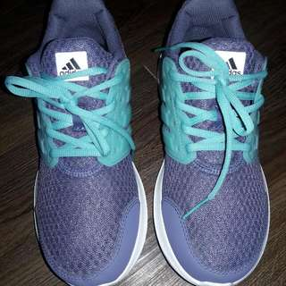 Almost New Cloudfoam Addidas Shoes