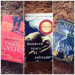 3 good reads! Anansi boys, One hundred years Of solitude, Eleven minutes